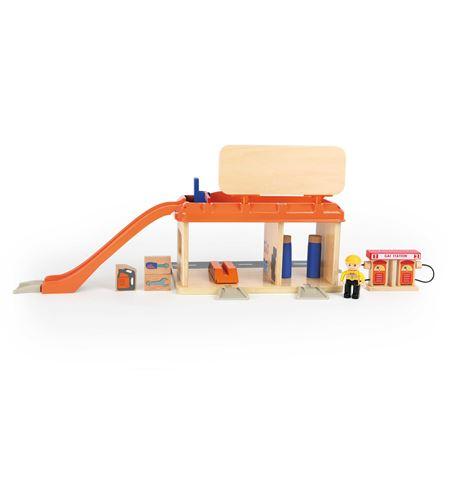 Taller mecánico con gasolinera - 10799