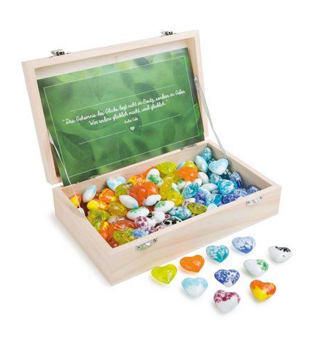 Piedras de la suerte en caja de madera corazón de cristal - 8393