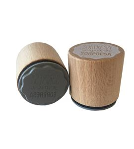 Sello de madera con base de goma - sorpresa - 10004121